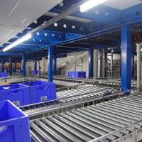 Tote Conveyor